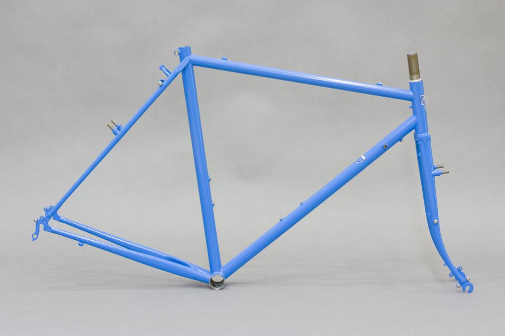 Die goldene Mitte: Box Dog Pelican Randonneur | Stahlrahmen-Bikes