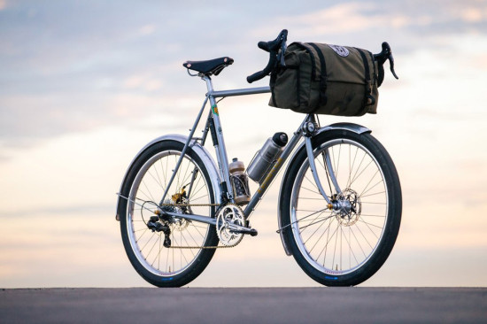 Crust-Bikes-Romanceur-01