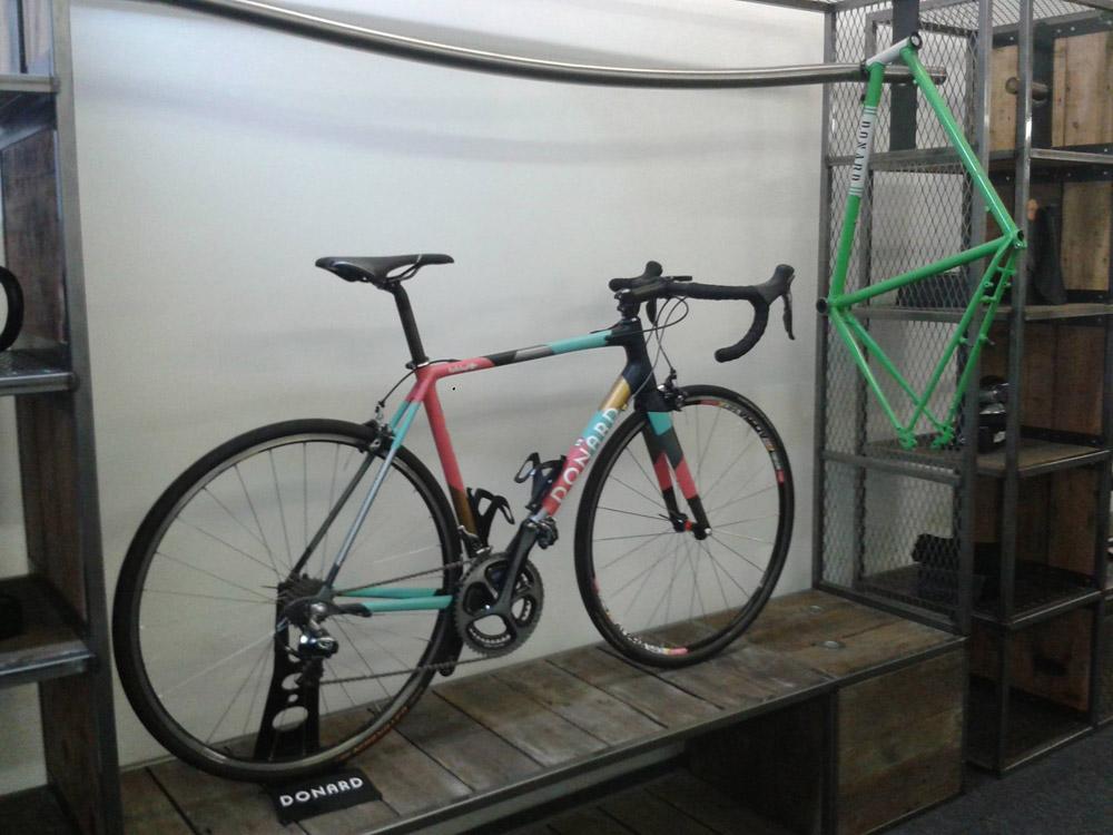 Carbon trifft Stahl: Donard Bespoke Bikes | Stahlrahmen-Bikes