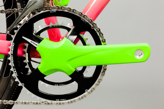 English-Gravelbike-pinkyellowgreen-3