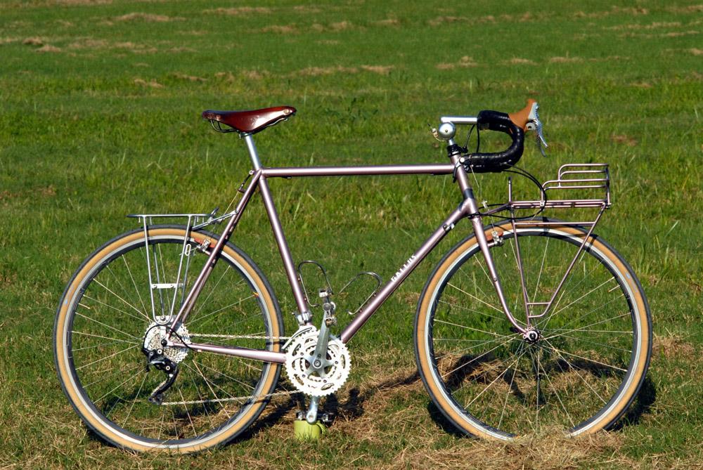 Schöne alte Schule: Gallus Lugged Touring Bike | Stahlrahmen-Bikes