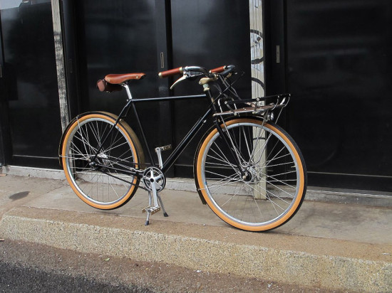 REW10-CustomCommuter-1