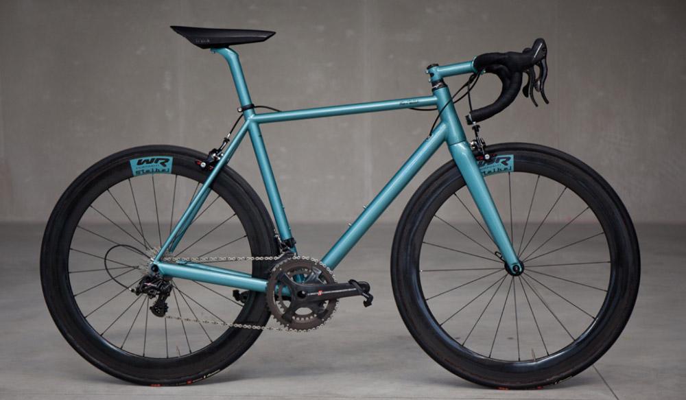 Bemerkenswert anders: Stelbel   Stahlrahmen-Bikes