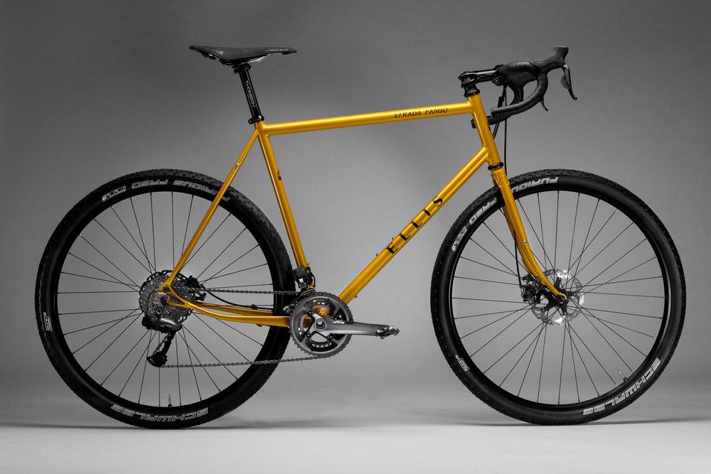 movie monday ellis klassisch strada fango stahlrahmen bikes. Black Bedroom Furniture Sets. Home Design Ideas